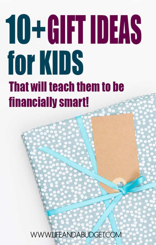 Here's a gift guide with over ten financially smart toys and books you can give your child this holiday!