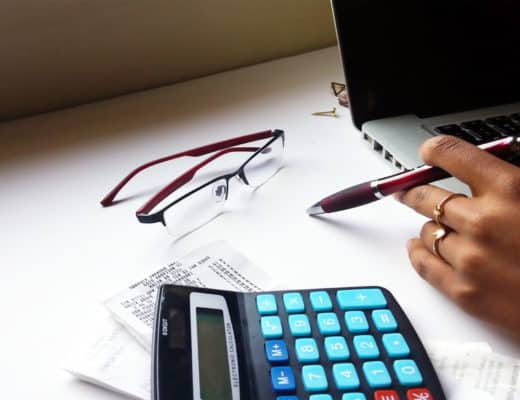 Learn how to pay debt fast, the easy way. Pay down debt tips.