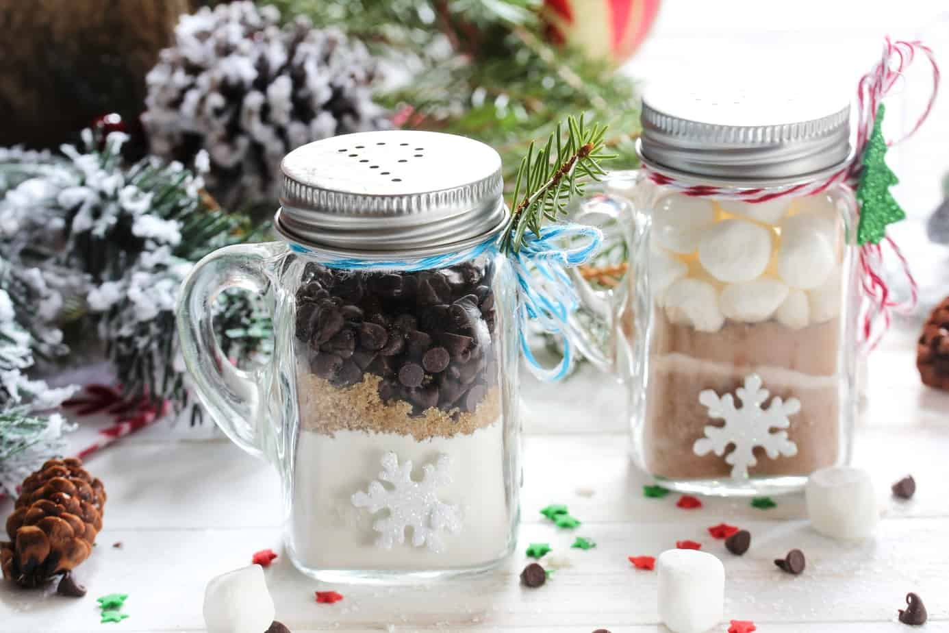 8 Frugal Dessert In A Jar Gifts To Give Or Sell This Holiday Life And A Budget